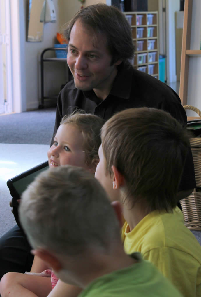 Roger and kids - Carterton Preschool
